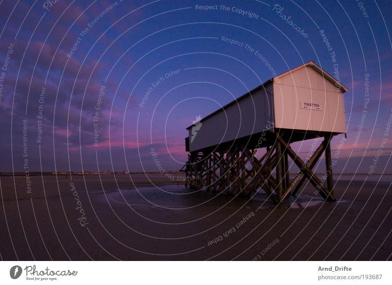 WC Meer blau rot Strand Ferien & Urlaub & Reisen ruhig Einsamkeit Ferne Wege & Pfade Sand rosa Wetter Tourismus Unendlichkeit Gelassenheit Hütte