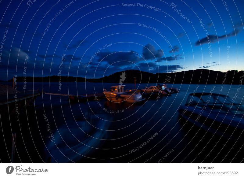Schlafende Schiffe Wasser Nachthimmel Horizont Sonnenaufgang Sonnenuntergang Sonnenlicht Wetter Hügel Küste Fjord Nordsee Verkehr Schifffahrt Fischerboot
