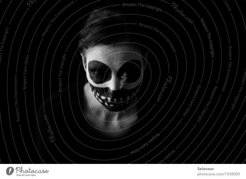 You should see my scars Schminke Halloween Mensch feminin Frau Erwachsene Kopf Gesicht Auge Zähne 1 Maske Gefühle Stimmung Traurigkeit Trauer Tod Schmerz