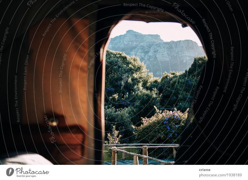 Herrliche Aussicht am Morgen auf Berge aus einem Zelt Lifestyle Freude Ferien & Urlaub & Reisen Tourismus Ausflug Abenteuer Camping Sommer Sommerurlaub Sonne