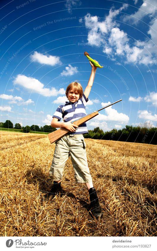the hunter Mensch Kind Jugendliche blau Sommer Freude gelb Spielen Landschaft Gefühle Junge Glück Kindheit Feld blond