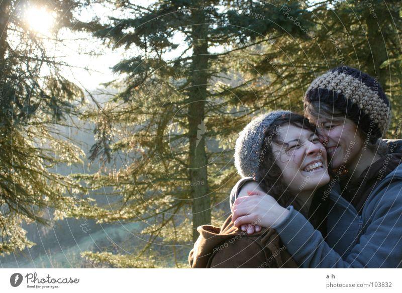 in bloom Mensch Familie & Verwandtschaft Natur Jugendliche Baum grün Freude Liebe Wald Herbst feminin Gefühle Glück Freundschaft lustig frei