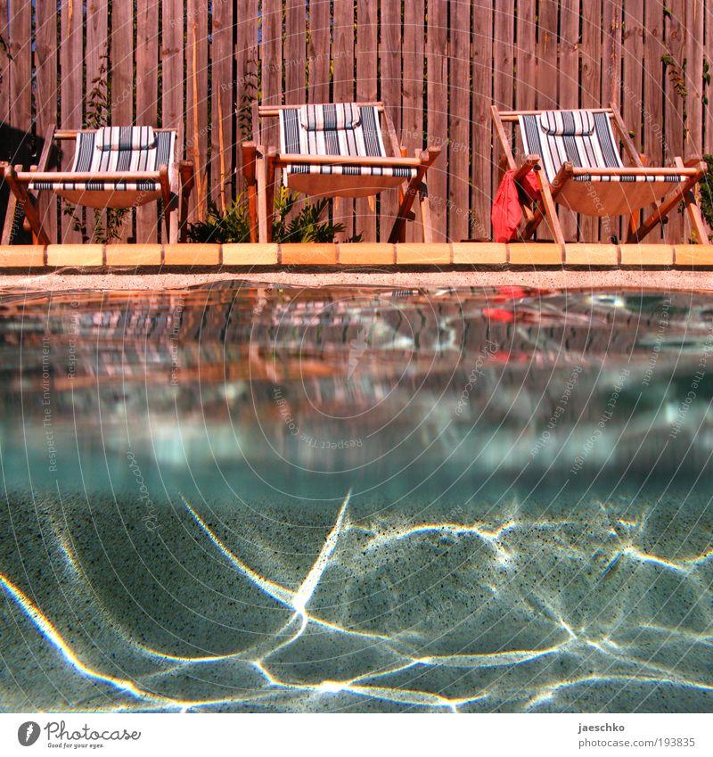 2 Plätze frei Wasser Sonne Sommer Freude Ferien & Urlaub & Reisen ruhig Erholung Glück Wärme Zufriedenheit Wellen Wellness Tourismus Schwimmbad liegen