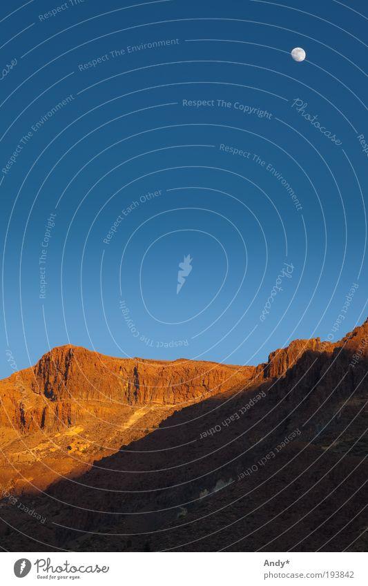 Mond über Teneriffa Himmel Natur blau Ferien & Urlaub & Reisen Ferne Berge u. Gebirge Landschaft gold Freizeit & Hobby Felsen Insel Tourismus Spanien