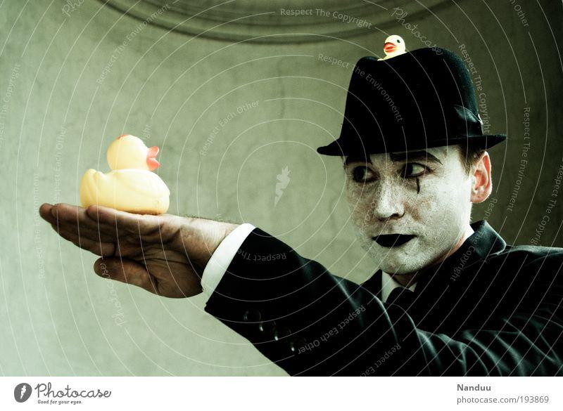 quak Mensch maskulin 1 Anzug Hut Badeente Kommunizieren elegant einzigartig Gefühle sprechen Pantomime stumm geschminkt festhalten Verständnis sensibel Tier