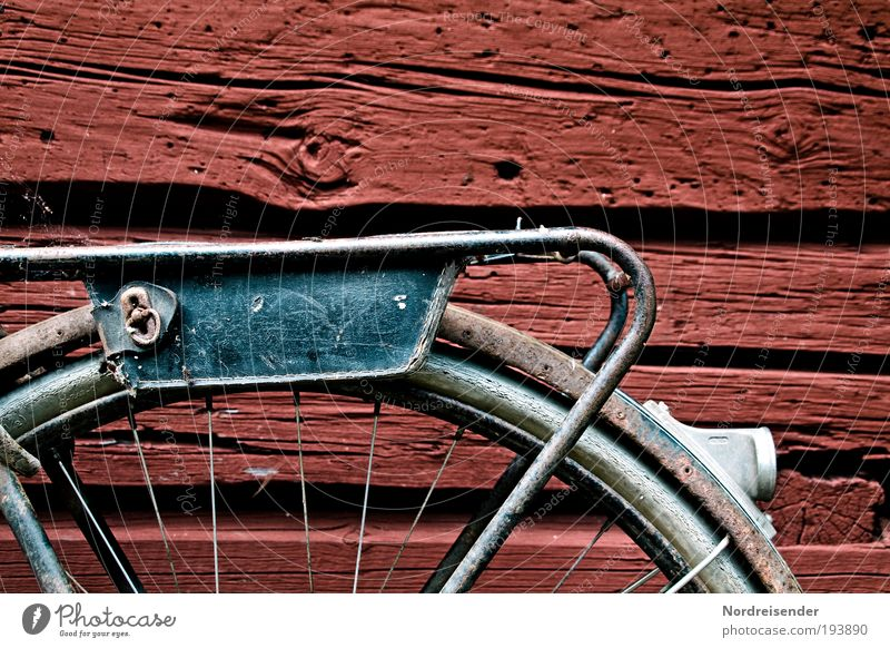 Werkzeug Stil Ausflug Traumhaus Hütte Holz Zeichen alt entdecken Erholung außergewöhnlich gut kaputt natürlich Zufriedenheit Geborgenheit Romantik Einsamkeit