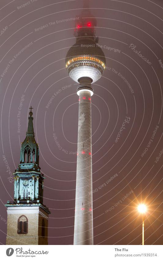 Siegerpodest Himmel dunkel kalt Religion & Glaube Berlin grau Stein Deutschland oben orange Nebel modern Kirche Europa hoch Beton