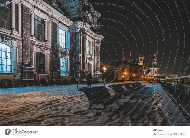 auf dem terrassenufer Bank Studium Stadt Mensch Hauptstadt Stadtzentrum Altstadt Religion & Glaube Kirche Dom Dresden Straßenbeleuchtung Schnee Schneefall Nacht
