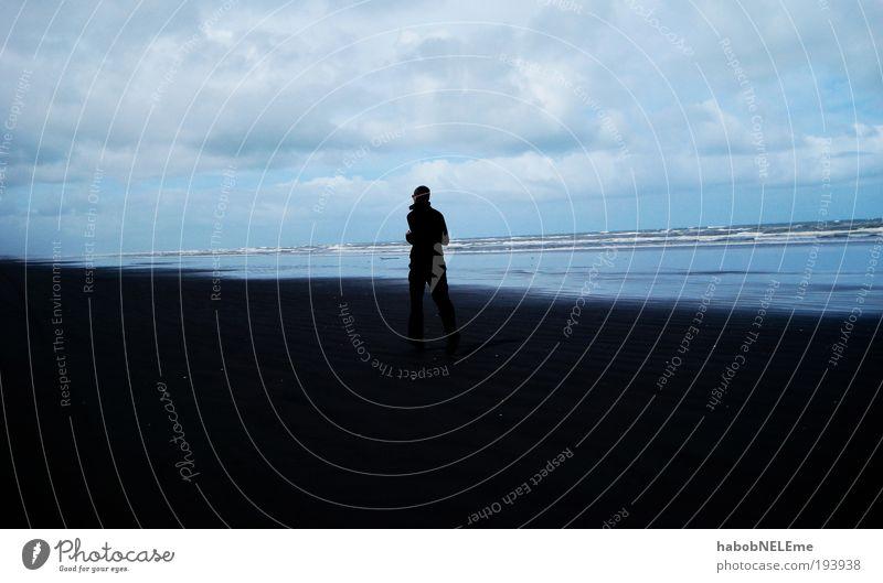 running on the beach, new zealand Mensch Himmel Natur blau Wasser Meer Strand ruhig Glück Stimmung Wellen Zufriedenheit laufen maskulin Joggen Neuseeland