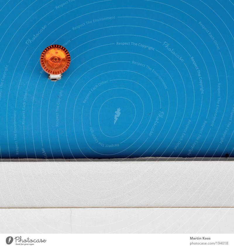 good for your eyes Stil Neue Medien einfach positiv Sauberkeit blau azurblau orange leuchten hell Beleuchtung Warnsignal Alarm Alarmanlage rund Renovieren Farbe