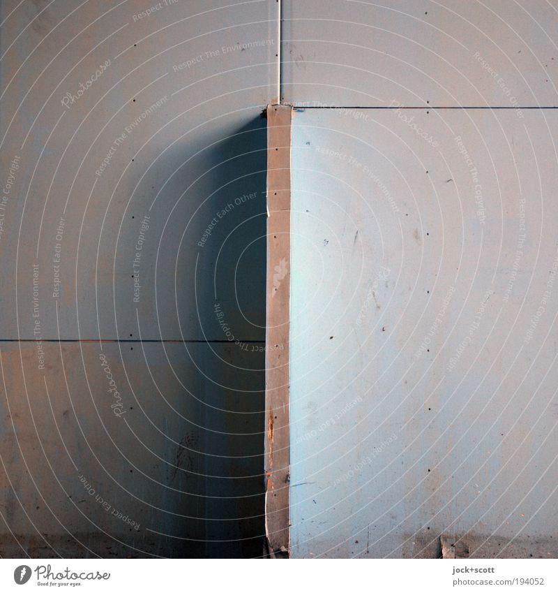 Lichtrenner ruhig kalt Hintergrundbild Linie trist Design Ecke einfach Baustelle Kunststoff fest eckig Geometrie Oberfläche Bildausschnitt vertikal