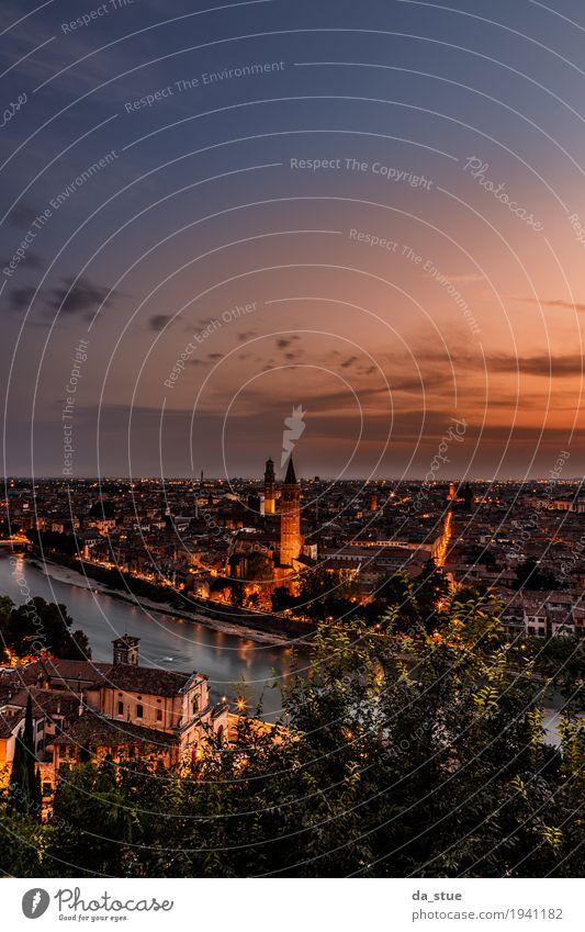 Verona bei Sonnenuntergang Himmel Ferien & Urlaub & Reisen Sommer Stadt Wolken Haus Ferne Liebe Lifestyle Gebäude Freiheit Tourismus Horizont Freizeit & Hobby