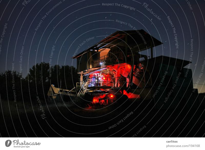 welcome my son Maschine Baumaschine Zeitmaschine Technik & Technologie Industrie Nachthimmel Stern Arbeit & Erwerbstätigkeit glänzend alt außergewöhnlich