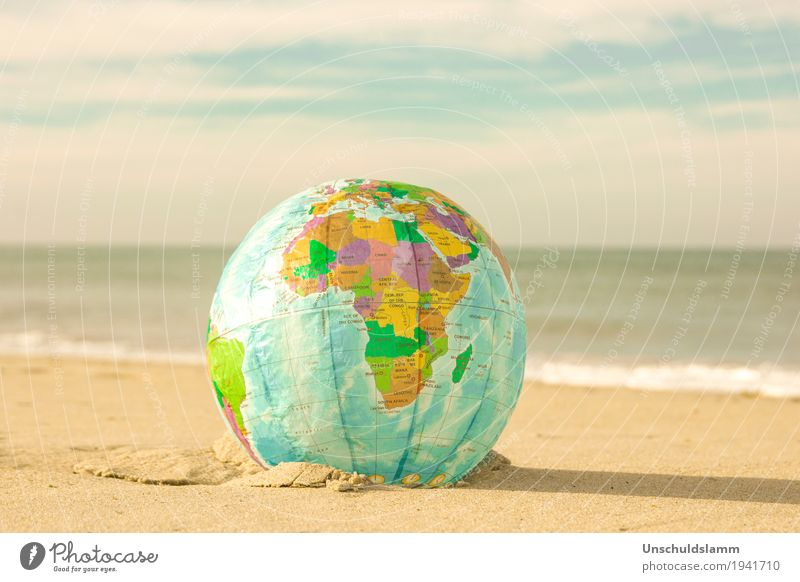 Urlaubsreif Lifestyle Erholung Ferien & Urlaub & Reisen Tourismus Sommer Sommerurlaub Strand Meer Umwelt Natur Erde Nordsee Afrika Globus Fröhlichkeit