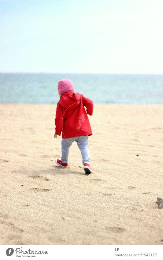 oopsie Gänseblümchen Mensch Kind Ferien & Urlaub & Reisen Freude Ferne Strand Erwachsene Leben Senior Lifestyle Familie & Verwandtschaft Freiheit