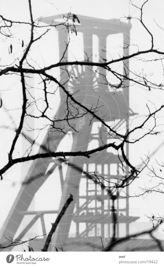 Fördergerüst Industrie Ast Bergbau Zeche Förderturm