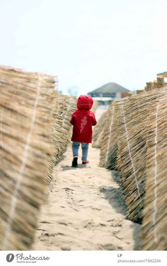 auf meine Art Mensch Kind Ferien & Urlaub & Reisen Strand Erwachsene Leben Lifestyle Bewegung Familie & Verwandtschaft Spielen Feste & Feiern Freundschaft