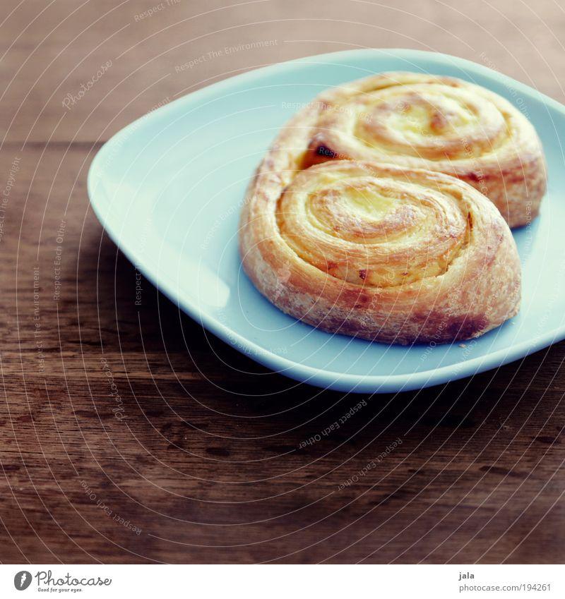 Süßstückchen Lebensmittel Teigwaren Backwaren Schnecke Ernährung Frühstück Kaffeetrinken Geschirr Teller Duft lecker süß blau braun Appetit & Hunger frisch