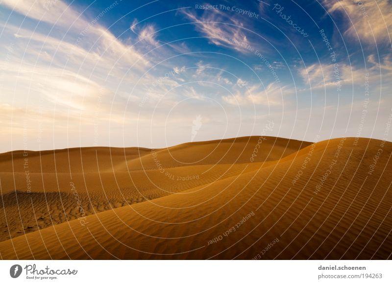 es wird wärmer ! Umwelt Natur Landschaft Sand Himmel Wolkenloser Himmel Klima Klimawandel Schönes Wetter Wärme Dürre Wüste blau gelb Einsamkeit Horizont