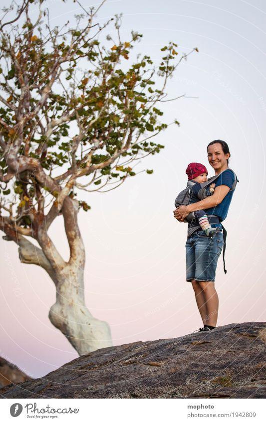 Mutter & Kind #2 Mensch Natur Ferien & Urlaub & Reisen Baum Landschaft Erwachsene Leben Liebe Lifestyle feminin Junge Familie & Verwandtschaft Glück