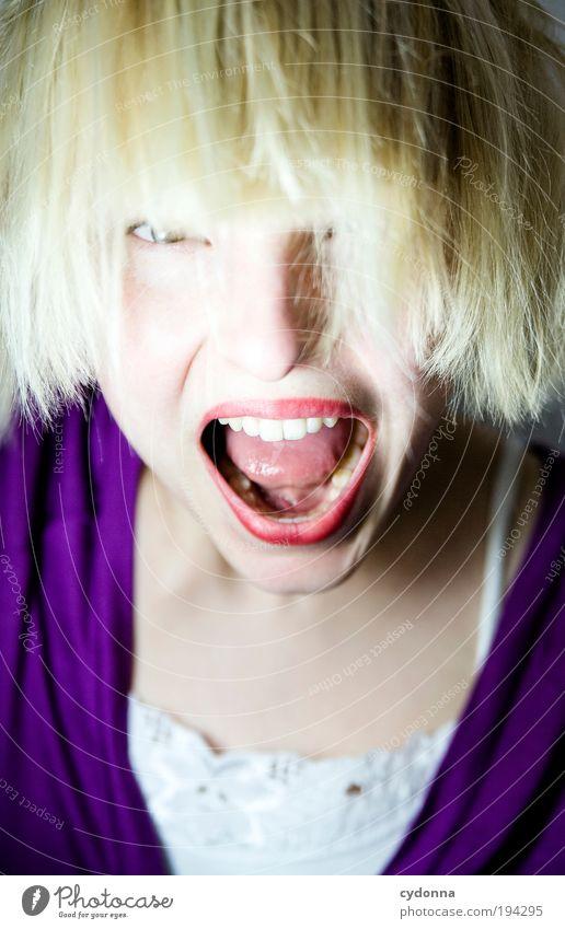 Wer A sagt muss auch B sagen Mensch Frau Jugendliche schön Freude Gesicht Erwachsene Leben Freiheit Haare & Frisuren Stil elegant Haut Mund Energie verrückt