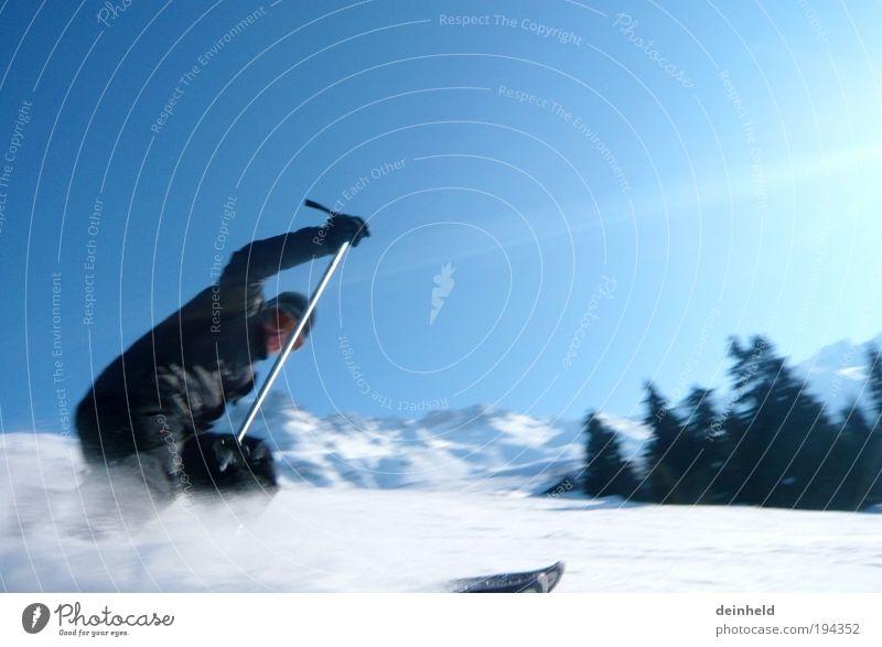 Skifahren mit Swusch Mensch Mann Natur weiß Baum Sonne blau Winter Sport kalt Schnee Berge u. Gebirge Freiheit Landschaft Erwachsene Skifahren