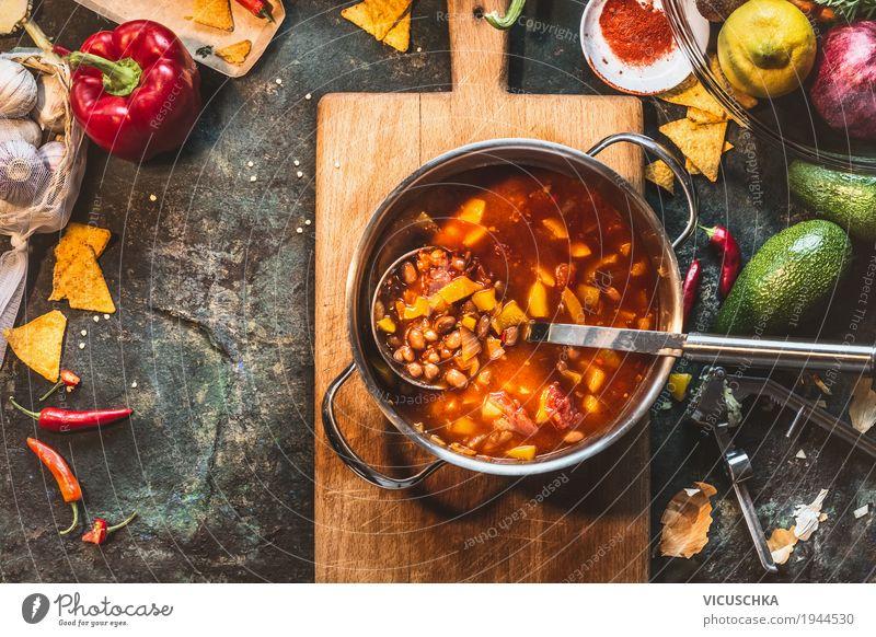 Mexikanische Bohnensuppe im Kochtopf Gesunde Ernährung Foodfotografie Leben Stil Lebensmittel Design Tisch Küche Gemüse Bioprodukte Geschirr Abendessen