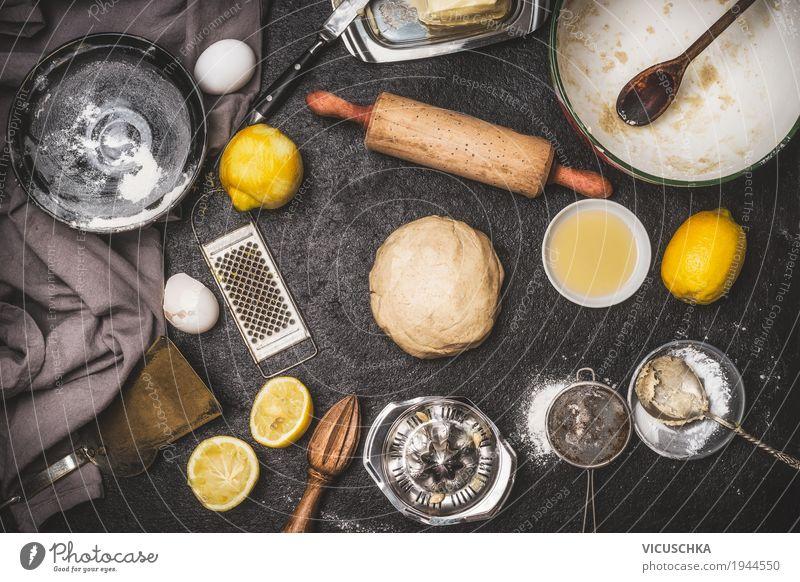 Lemon Kekse oder Kuchen Teig mit Zutaten Lebensmittel Frucht Brot Dessert Ernährung Bioprodukte Geschirr Stil Design Häusliches Leben Tisch Küche
