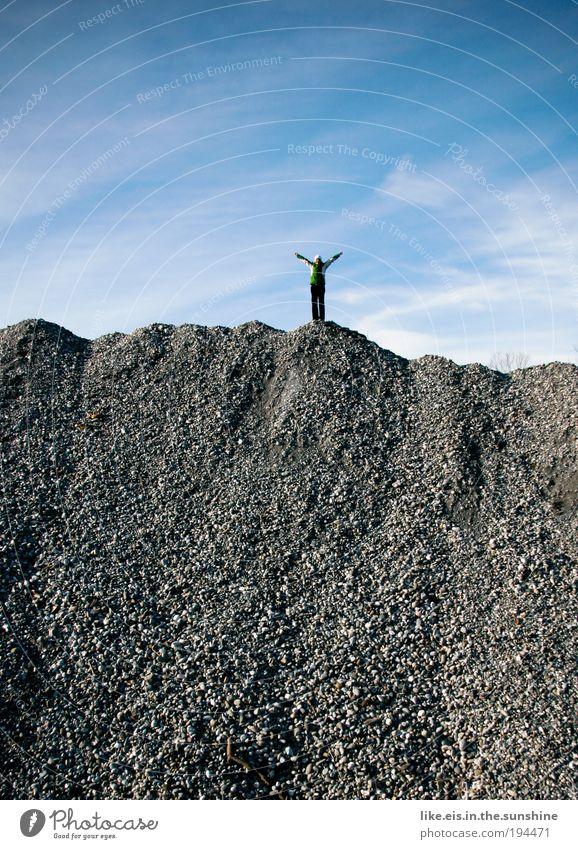 der kööönig der weeeelt! Freude Abenteuer Freiheit Berge u. Gebirge wandern Klettern Bergsteigen Baustelle Erfolg Natur Himmel Stein lachen schreien Blick Glück