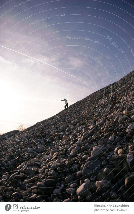 da fällt mir ein stein vom herzen Himmel blau Freude Gefühle springen Berge u. Gebirge Glück grau Stein frei hoch rennen Fröhlichkeit Baustelle violett