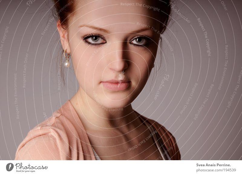 - Mensch Jugendliche schön Erwachsene Auge feminin Haare & Frisuren Stil Mode rosa elegant Mund Design Nase modern authentisch