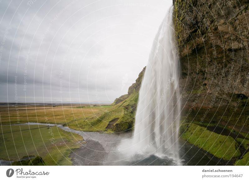 Seljalandsfoss Ferien & Urlaub & Reisen Tourismus Ferne Freiheit Sightseeing Umwelt Natur Landschaft Wasserfall Bewegung Einsamkeit einzigartig Horizont Island
