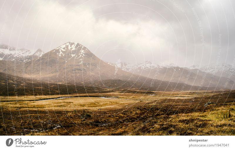 Somewhere in the Highlands Ferien & Urlaub & Reisen Tourismus Ausflug Abenteuer Ferne Schnee Berge u. Gebirge wandern Umwelt Natur Landschaft Pflanze Urelemente