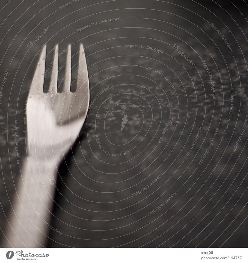 gabel Besteck Gabel authentisch Tischplatte arbeitsplatte silber Spitze versilbert marmoriert Marmor Farbfoto Gedeckte Farben Innenaufnahme Nahaufnahme
