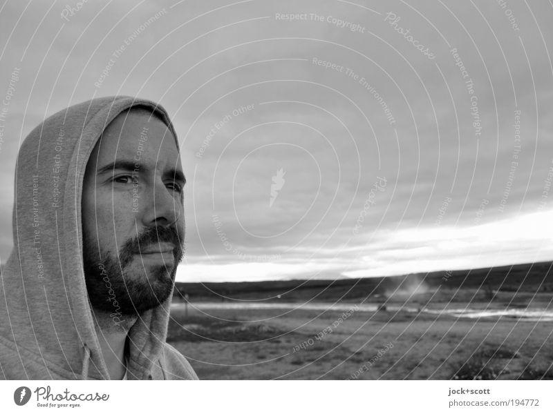Dur & Moll Freiheit Mann Gesicht Bart 1 30-45 Jahre Landschaft Wolken Island Kapuzenjacke Vollbart Blick Ferne Sehnsucht Erholung Männergesicht Männerkopf