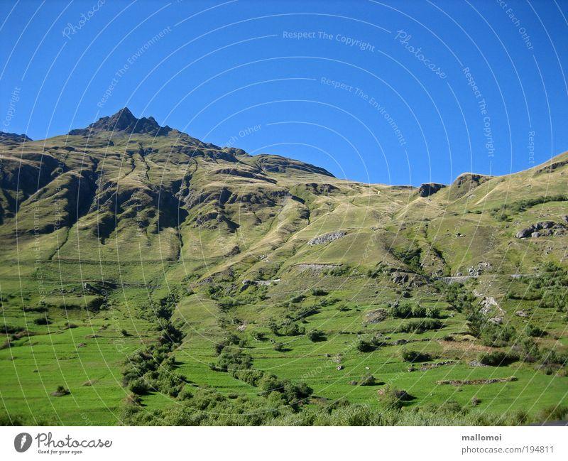 der weg ist das ziel I Natur Himmel grün blau Sommer Ferien & Urlaub & Reisen ruhig Berge u. Gebirge Wege & Pfade Landschaft Zufriedenheit Wetter Umwelt Felsen Klima Klettern