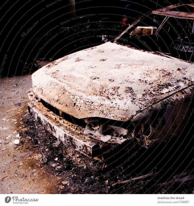 PIMP MY RIDE alt dunkel kalt PKW Metall dreckig Feuer Ende außergewöhnlich Wasserfahrzeug Autofahren Fahrzeug Unfall stagnierend Verkehrsmittel Material