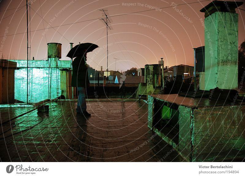 maskulin Urelemente Wasser Nachthimmel Sturm Blick Farbfoto Innenaufnahme