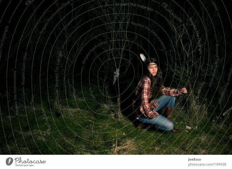 großstadt squaw Frau Mensch schön Baum Pflanze Wald Leben Spielen Garten Erwachsene Kindheit Freizeit & Hobby Feste & Feiern sitzen warten Lifestyle