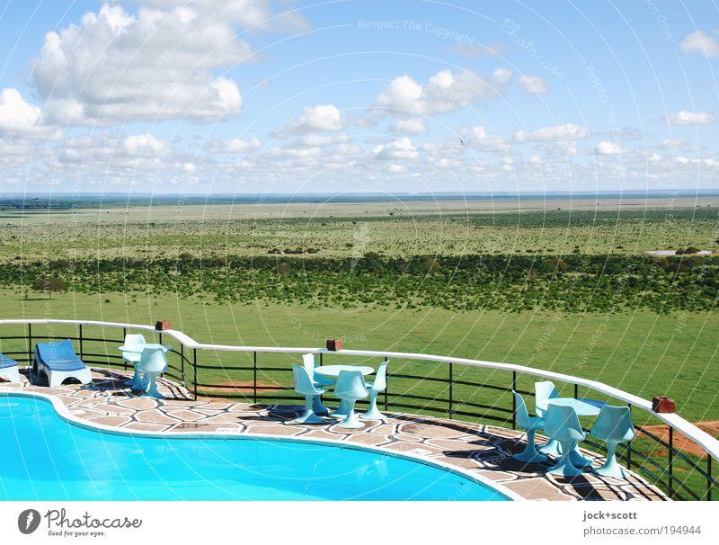 Safari Lodge elegant Landschaft Wolken Horizont Schönes Wetter Wärme Savanne Kenia Geländer Stuhl Tisch exotisch Design Ferne Sechziger Jahre tropisch Aussicht