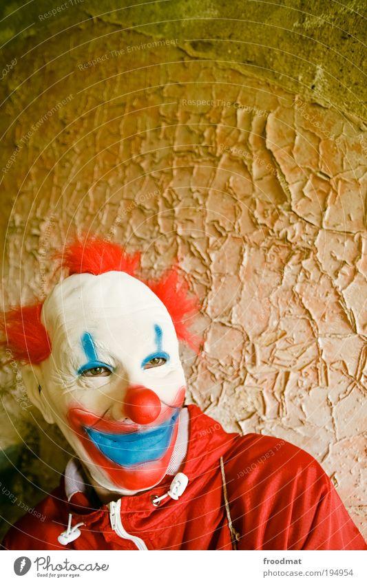es träumen Angst dreckig maskulin verrückt trist bedrohlich Wandel & Veränderung Maske Vergänglichkeit einzigartig geheimnisvoll außergewöhnlich gruselig Verfall trashig