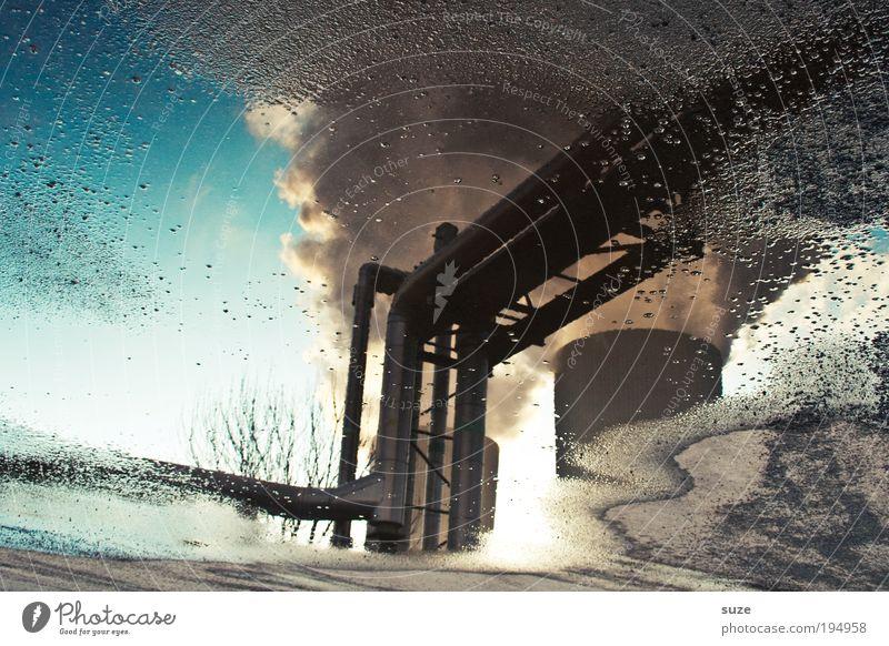 Waterproof Wasser Himmel Arbeit & Erwerbstätigkeit grau Luft dreckig Design Umwelt Industrie gefährlich Industriefotografie Abgas Erdöl Schornstein Energiewirtschaft Pfütze