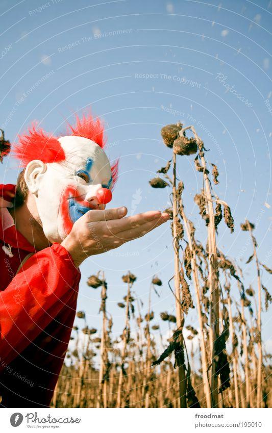 blowing in the wind Mensch Hand Freude träumen Luft maskulin Energie verrückt gefährlich Maske gruselig entdecken trashig blasen skurril