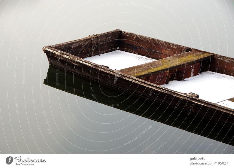 die stille des winters Natur Wasser blau Winter ruhig Einsamkeit Ferne See Wasserfahrzeug braun Umwelt Trauer Frieden Vertrauen Sehnsucht Idylle