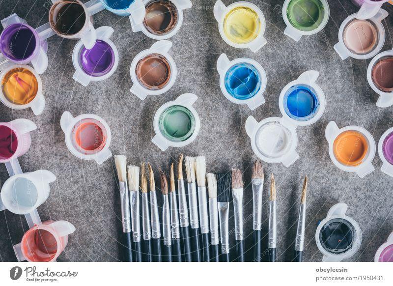 Pinsel auf alten Tisch Freude Lifestyle Stil Kunst Design Künstler