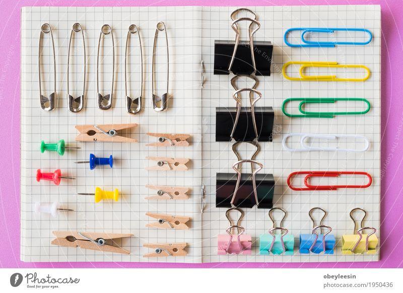 Stifte und Büroklammersammlung, rosa Hintergrund Lifestyle Stil Kunst Design Abenteuer Künstler