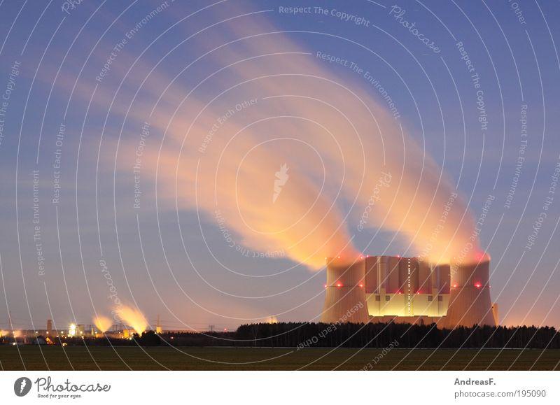 Nebelmaschine Wolken Energie Industrie Energiewirtschaft Elektrizität Technik & Technologie Bauwerk Kapitalwirtschaft Wirtschaft Produktion Industrieanlage