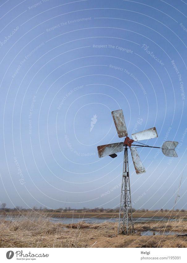 Energie - Sparversion Himmel Natur alt blau Wasser Pflanze Einsamkeit Umwelt Wiese Landschaft Bewegung grau Gras Metall Horizont braun