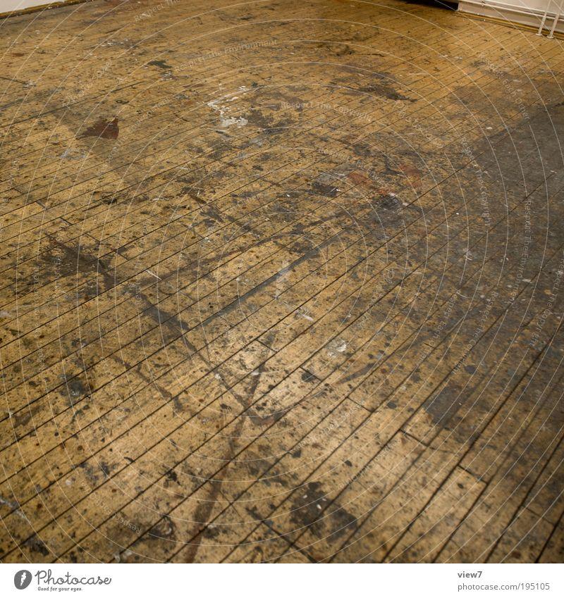 Raumgeschichten Wohnung Renovieren Innenarchitektur Arbeitsplatz Baustelle Holz Zeichen Linie Streifen alt ästhetisch dreckig dunkel einfach Billig kaputt