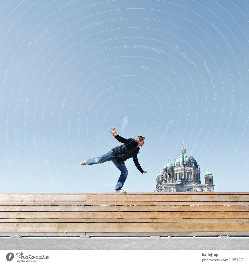 rufe engel 07 Mensch maskulin Mann Erwachsene Leben 1 Himmel Schönes Wetter Hauptstadt Kirche Dom Mauer Wand Dach Sehenswürdigkeit Wahrzeichen Denkmal fliegen